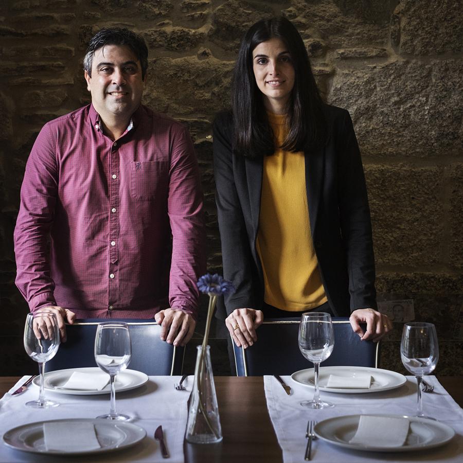 Miguel e Ana no comedor do San Jaime. Foto: Iván Barreiro
