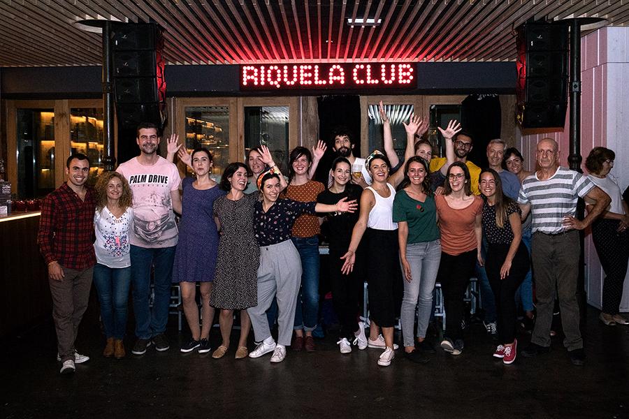 - Os encontros para bailar swing no Riquela son abertos ao público. Foto: Iván Barreiro