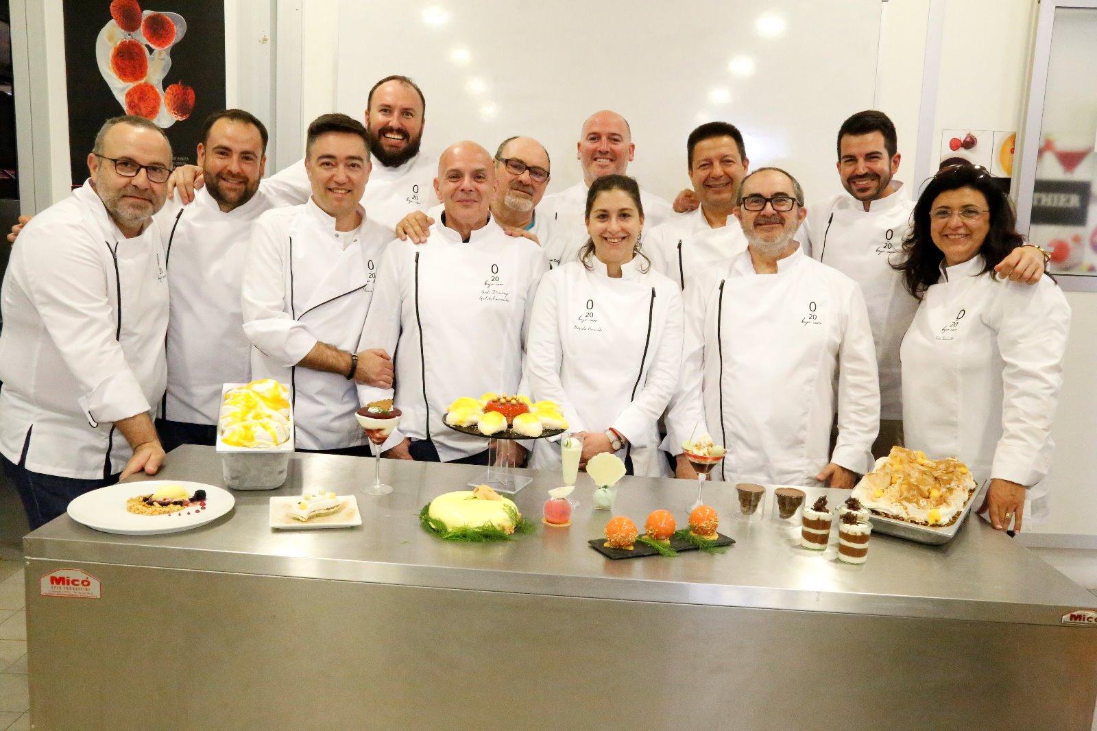Brígida Hermida (no centro) co resto do grupo '20 Bajo Cero'.