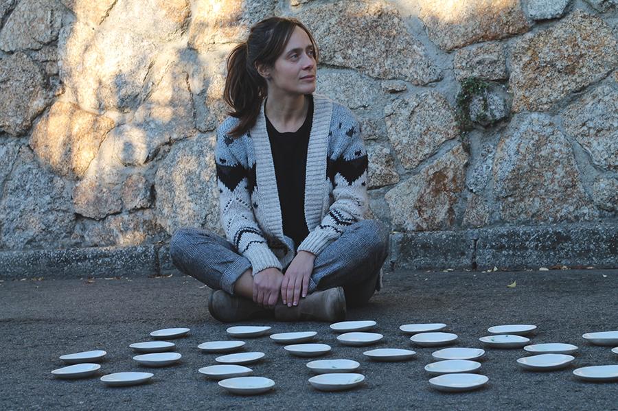 Verónica Moar, ceramista: «Cada unha das miñas pezas agocha unha historia»
