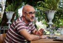 """Francisco Castro, autor de 'Tantos anos de silencio': """"Levamos dentro o virus da violencia"""""""