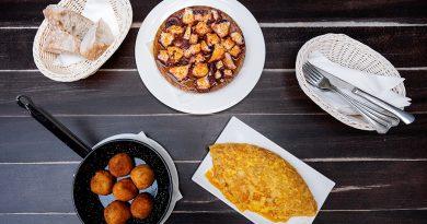 Tortilla, croquetas e polbo en La Tita
