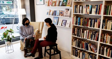 """Inés Banet, de Re-Read Santiago:  """"Cos libros temos unha relación moi especial"""""""